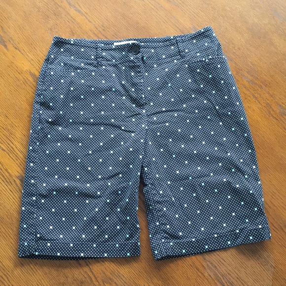 Talbots Pants - Talbots Ladies Shorts SIZE 8